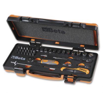 900/C12 MZ12 darab hatlapú dugókulcs, 20 darab csavarhúzóbetét és 7 tartozék szivacsbetétes fémdobozban