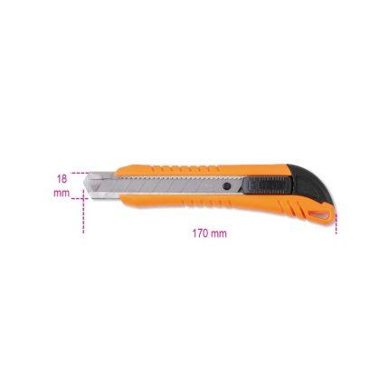 1771 Dekorkés, 18 mm, 3 tartalékpengével szállítva